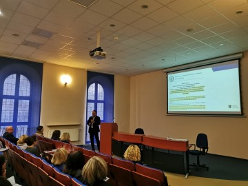 Priorytety w zabezpieczeniu zdrowia i życia personelu medycznego w województwie wielkopolskim